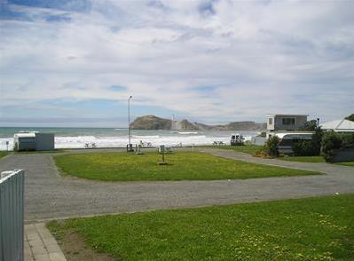 camp-beach.png